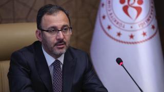 Bakan Kasapoğlu'ndan Altay Bayındır'a geçmiş olsun mesajı