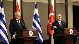 Çavuşoğlu'ndan Yunan Bakan'a sert tepki: Türkiye'yi suçlarsanız cevabını veririz