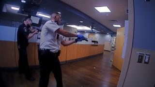 ABD polisi bir siyahiyi daha öldürdü: Olay, polis kamerasında