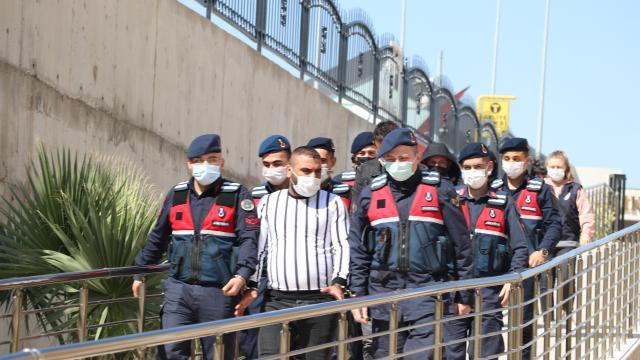 Manisada uyuşturucuyla yakalanan 3 kişi tutuklandı