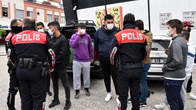Antalyada uzun namlulu tüfek alarmı: 5 gözaltı