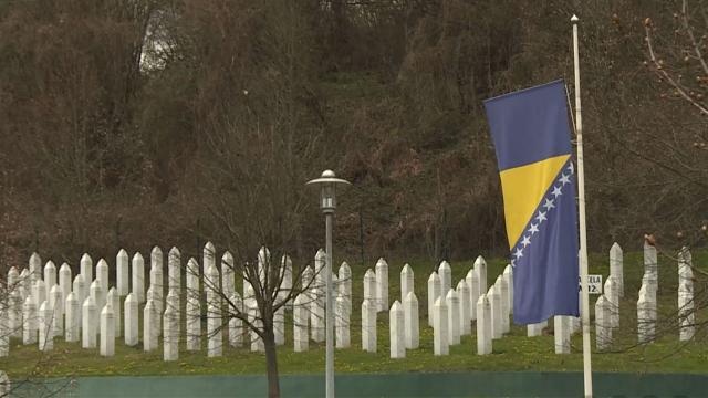 Bosna Hersekte soykırımın inkarı bugünden itibaren suç sayılacak