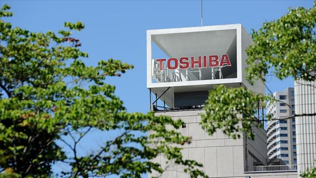 Toshiba CEOsu Kurumatani görevini bıraktı