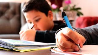 Öğretmenlerin idari izinli olduğu günler uzaktan eğitime ara