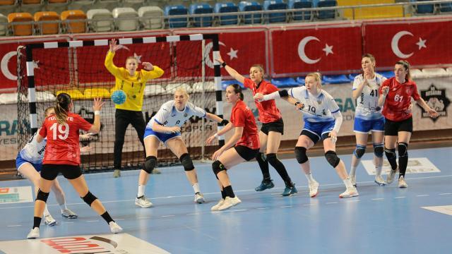 A Milli Kadın Hentbol Takımı Rusyaya yenildi
