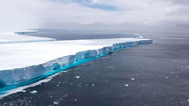 Buzullar hızla eriyor