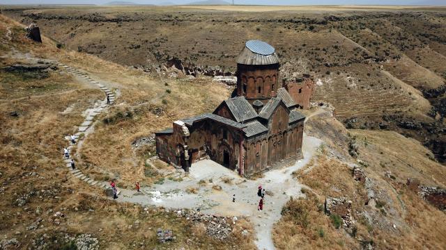 Türkiyede tarihe ayna tutan 21 bin 23 sit alanı bulunuyor