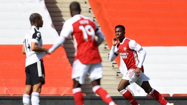 Arsenal 1 puanı 90+7de kurtardı