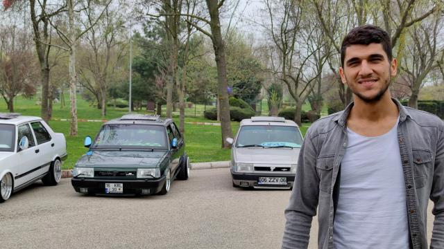İnegöllü modifiye tutkunu genç, satın aldığı otomobilleri bambaşka görünüme kavuşturuyor