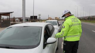 Bursa'da Jandarma ve Emniyet Müdürlüğü ekiplerinden sıkı denetim
