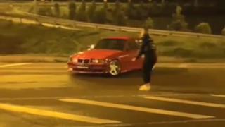 Kız arkadaşının etrafında drift yapan sürücüye 13 bin lira ceza
