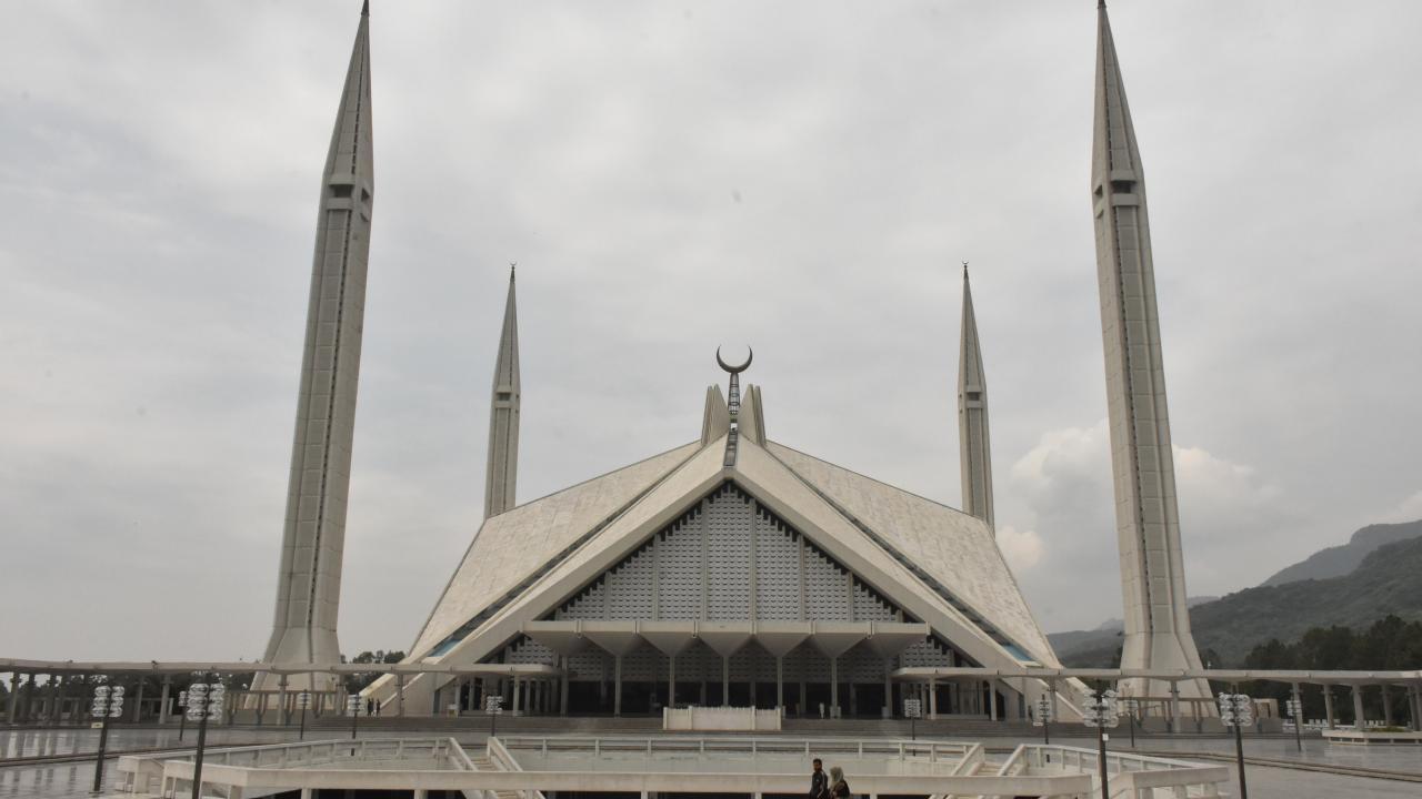 Pakistan'da Türk mimarın imzasını taşıyan eser: Faysal Camii