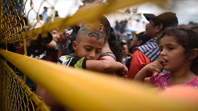 Meksikada bir eve hapsedilen göçmenler kurtarıldı
