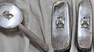Hitler'in eşyalarını satan müzayede evine tepki