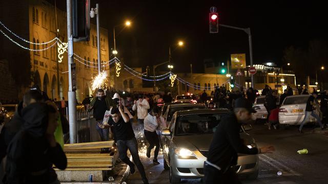 İsrail polisi yine Filistinlilere müdahale etti