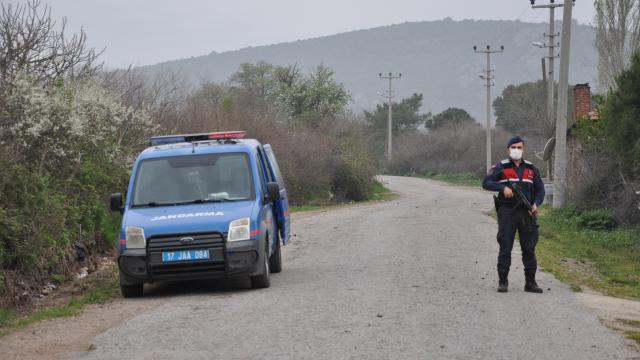 Kırklarelinde karantinada olması gereken kişi köy meydanında yakalandı