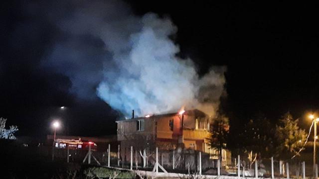 Kırıkkalede iki katlı evde yangın