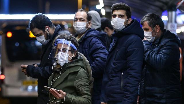 Türkiyenin salgınla mücadelesi: Vaka sayısı 40 binin altına düştü