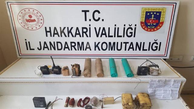 Hakkaride PKK operasyonu: Patlayıcıda kullanılan malzemeler bulundu