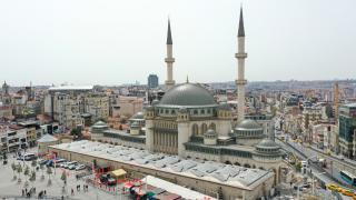 Taksim Camii ramazanın son cuması ibadete açılıyor
