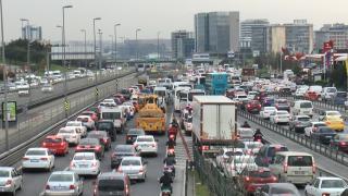 Kısıtlama öncesi trafik yoğunluğu havadan görüntülendi