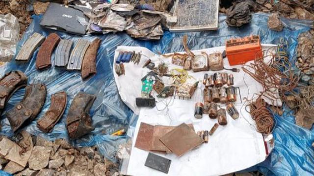 Tuncelide teröristlerin kullandığı 8 sığınak imha edildi