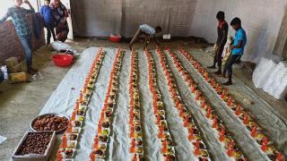 Kanada'daki Türkler, Bangladeş'teki mülteci kamplarında kalan Arakanlı Müslümanlara ramazan yardımı ulaştırdı