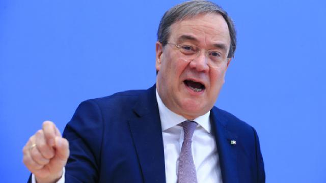 Almanlar Laschetin istifa etmesini istiyor