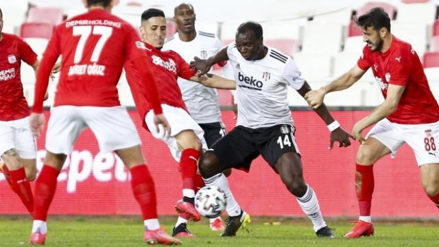 Beşiktaş Sivasta takıldı