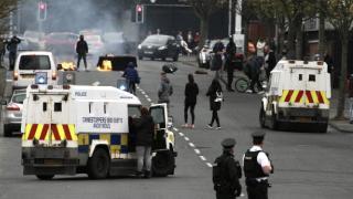 Kuzey İrlanda'da tansiyon düşmüyor