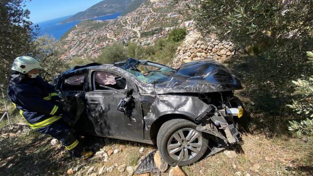 Antalyada trafik kazası: 3 yaralı