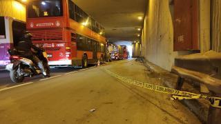 Beşiktaş'ta çift katlı İETT otobüsü bariyere çarptı: 1 ölü, 1 yaralı