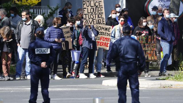 Macron, Montpellier ziyareti sırasında protesto edildi