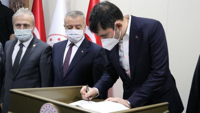 Çevre ve Şehircilik Bakanı Kurum, Zonguldakta ziyaretlerde bulundu
