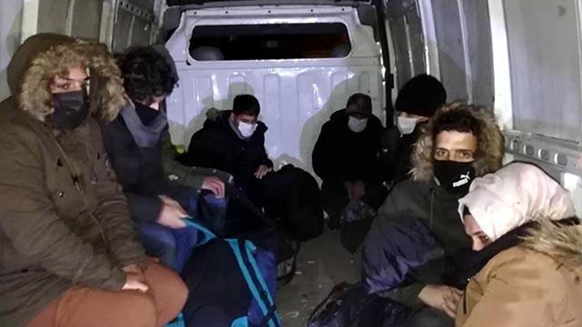 Kırklarelinde 48 düzensiz göçmen yakalandı