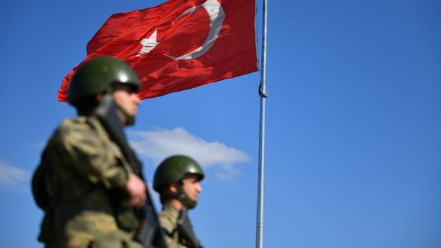 Hudutlardan kaçak geçmeye çalışan 5 terör örgütü üyesi yakalandı