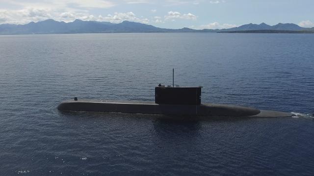 Endonezya denizaltısıyla irtibat kesildi