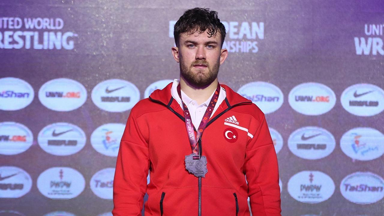 Milli sporcu Karadeniz Avrupa ikincisi oldu