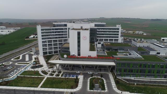 Tekirdağ Şehir Hastanesi yurt dışından gelen hastalara da şifa oluyor