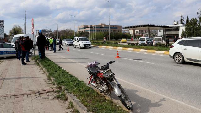Edirnede motosikletin çarptığı kadın ağır yaralandı