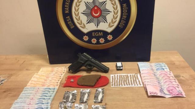 Bursada uyuşturucu operasyonlarında yakalanan 29 şüpheli tutuklandı