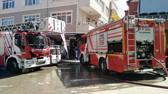 Kocaelide yangın çıkan evde hasar oluştu
