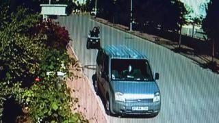 ATV'den savruldu, aracın camından içeri girdi