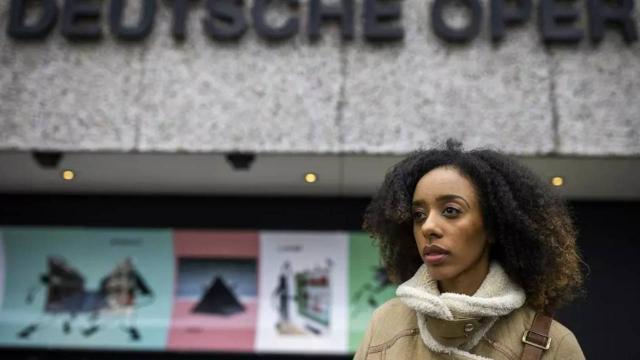 Berlinde ırkçılığa uğrayan siyahi dansçı açtığı davayı kazandı