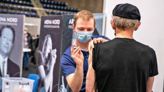 Avrupa'da 160 milyon kişi ilk doz COVID-19 aşısını yaptırdı