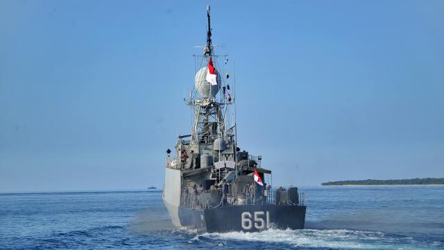 Endonezyada kayıp denizaltının enkazına ulaşıldı