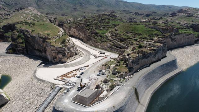 Hasankeyfteki Küçük Sarayın baraj suyundan etkilenmemesi için çalışma yapılıyor