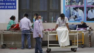 Hindistan'da günlük vaka sayısındaki artış devam ediyor