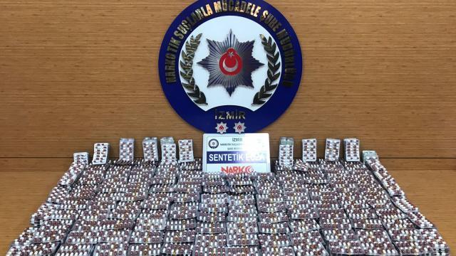 İzmirde yeşil reçeteye tabi 35 bin hap ele geçirildi: 3 gözaltı