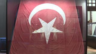 1. Meclis'teki ilk Türk bayrağı
